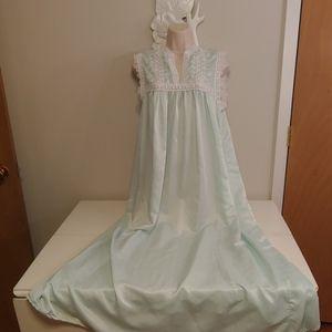 Vintage luxurious caftan nightgown
